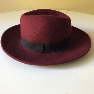 😍100% wool fedora hat by Aldo